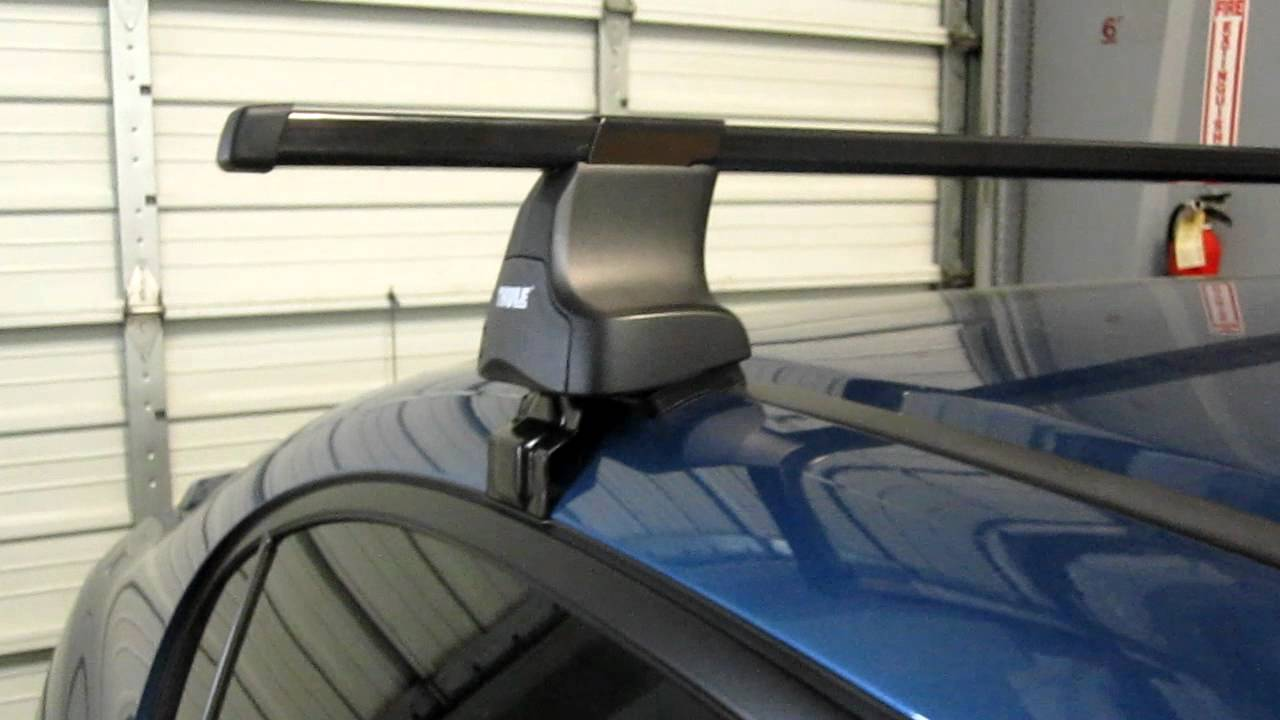 Honda Civic Sedan With Thule 480 Traverse Square Bar Roof