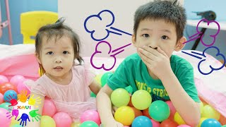 Xavi ABCKids Pretend Play about Hiccups and Baby Anna try to help