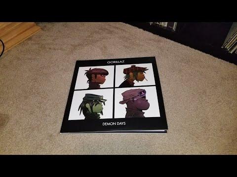 Unboxing: Gorillaz - Demon Days (Vinyl Me, Please Record of the Month April) (559329-1)