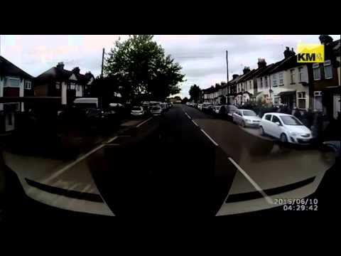 Three arrested in Met Police drug raids in Dartford and Gravesend