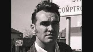 Morrissey - Nobody Loves Us
