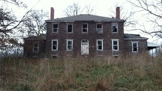 Exploring a Scary US$15,000,000 Abandoned Estate