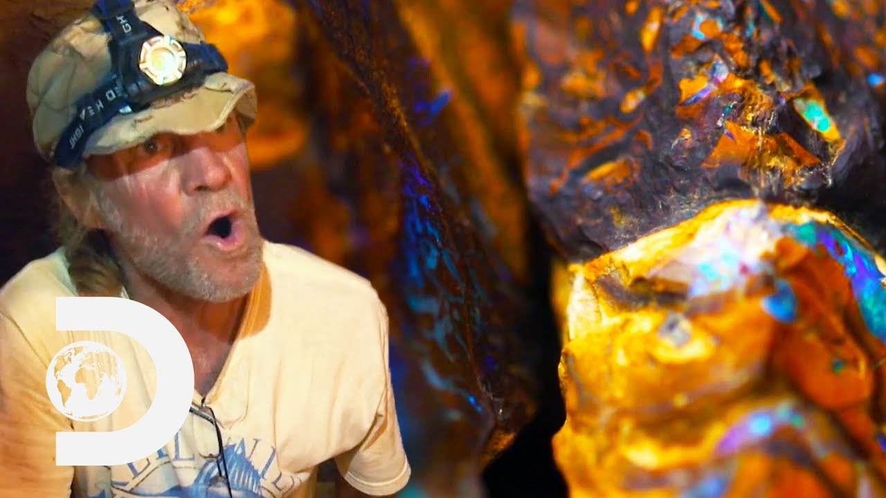Download Miners Finally Find Valuable Opals After Heated Argument | Outback Opal Hunters