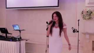 Певица на свадьбе на французском 16.05.15 ч.2 Банкетный зал ресторана Арт Холл arthall.od.ua(, 2015-05-17T00:34:36.000Z)