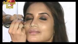 Shweta Khanduri, Smita Gondkar On Make Up Tips For Monsoon Part  3