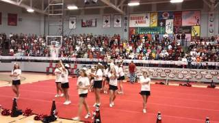 "Cheer dance to ""Hey Mickey"""
