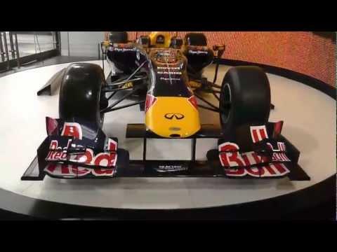 Omar TV & Red Bull F1 (F1 Showroom Paris)