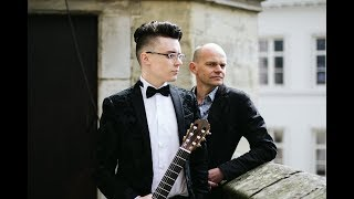 Guitarillon plays 'Smells like Asturias'