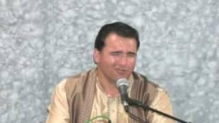Sunil Khanna singing