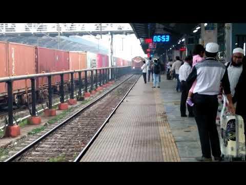 Konkan Railways : 11085 LTT-Madgaon Double Decker Express Arriving Panvel Junction