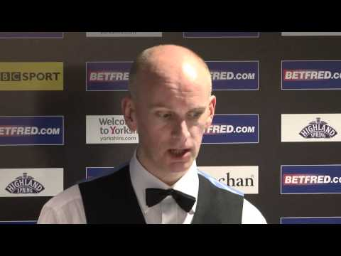 Emotional Ebdon loses to Ronnie at Betfred World Snooker Championships