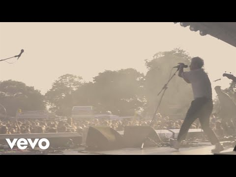 Nothing But Thieves - Festival Headline Tour Diary (2000 Trees / Village Green 2017)