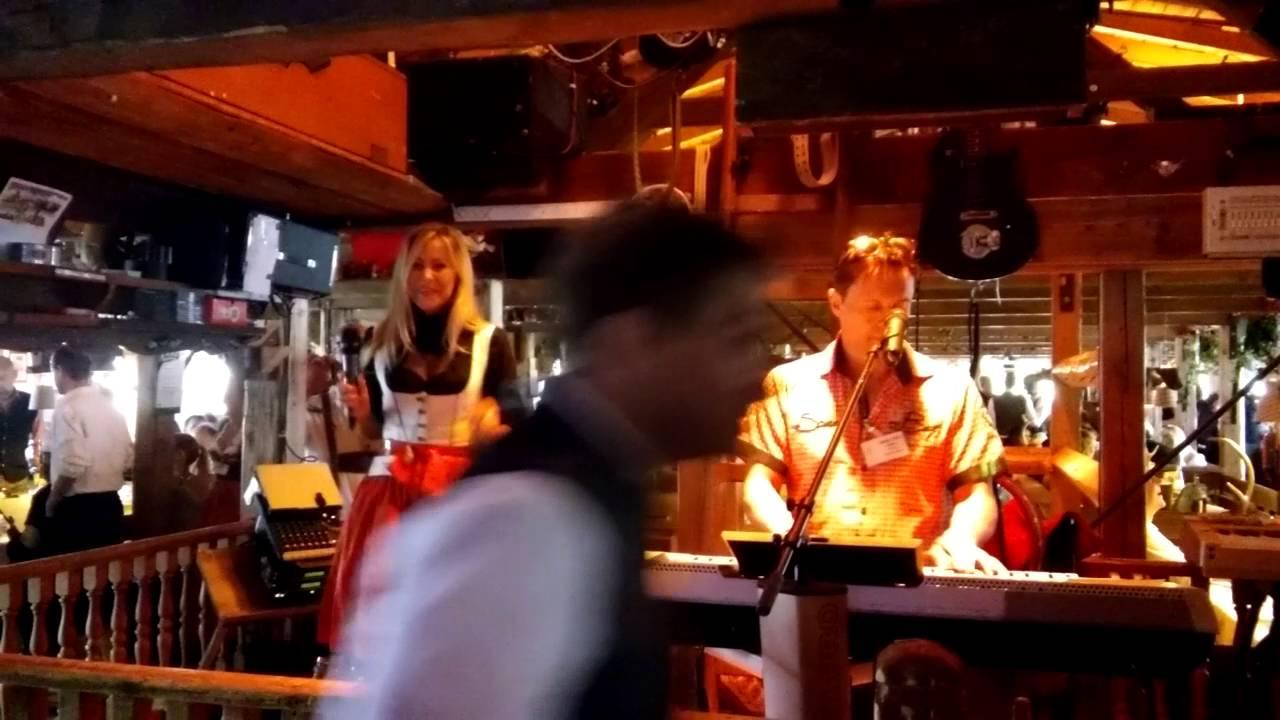 Oktoberfest 2016 - Käfer-Wiesn Schänke - YouTube