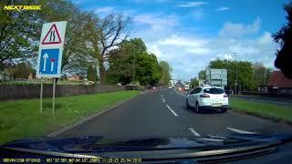 2018-04-25 - white Renault HY65XVH speeding in temporary 30 zone
