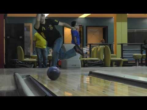 Roto Grip Defiant Bowling Ball Panama.