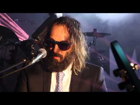 Sébastien Tellier - Live  La Ritournelle