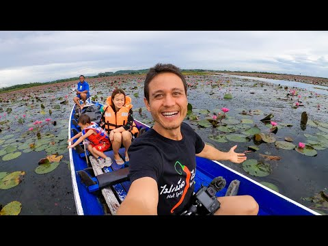 Family Boat Trip!! LOTUS LAKE + Homestay Thai Food! | Unseen Thailand, Thale Noi, Phatthalung
