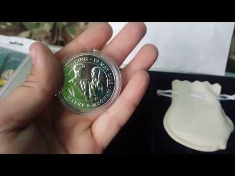 RARE limited edition royal wedding 5 pound coin