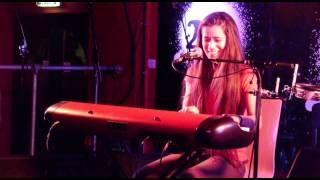Carly Bryant - Tout Doucement @229 Club, London