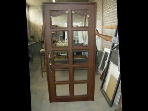 Puertas de aluminio acabado madera youtube for Puertas para casas minimalistas