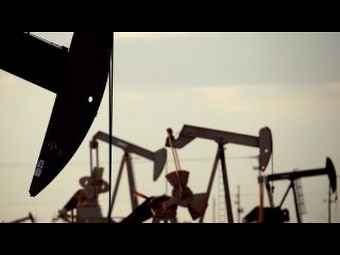Oil glut fears weigh on investors