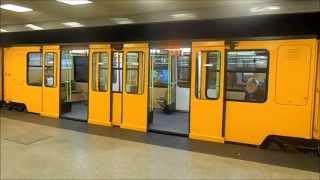 Metro Budapest - Station Mexikói út M1