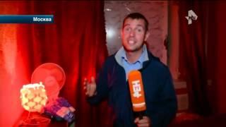 В Москве жрицы любви устроили ночной забег на шпильках с препятствиями