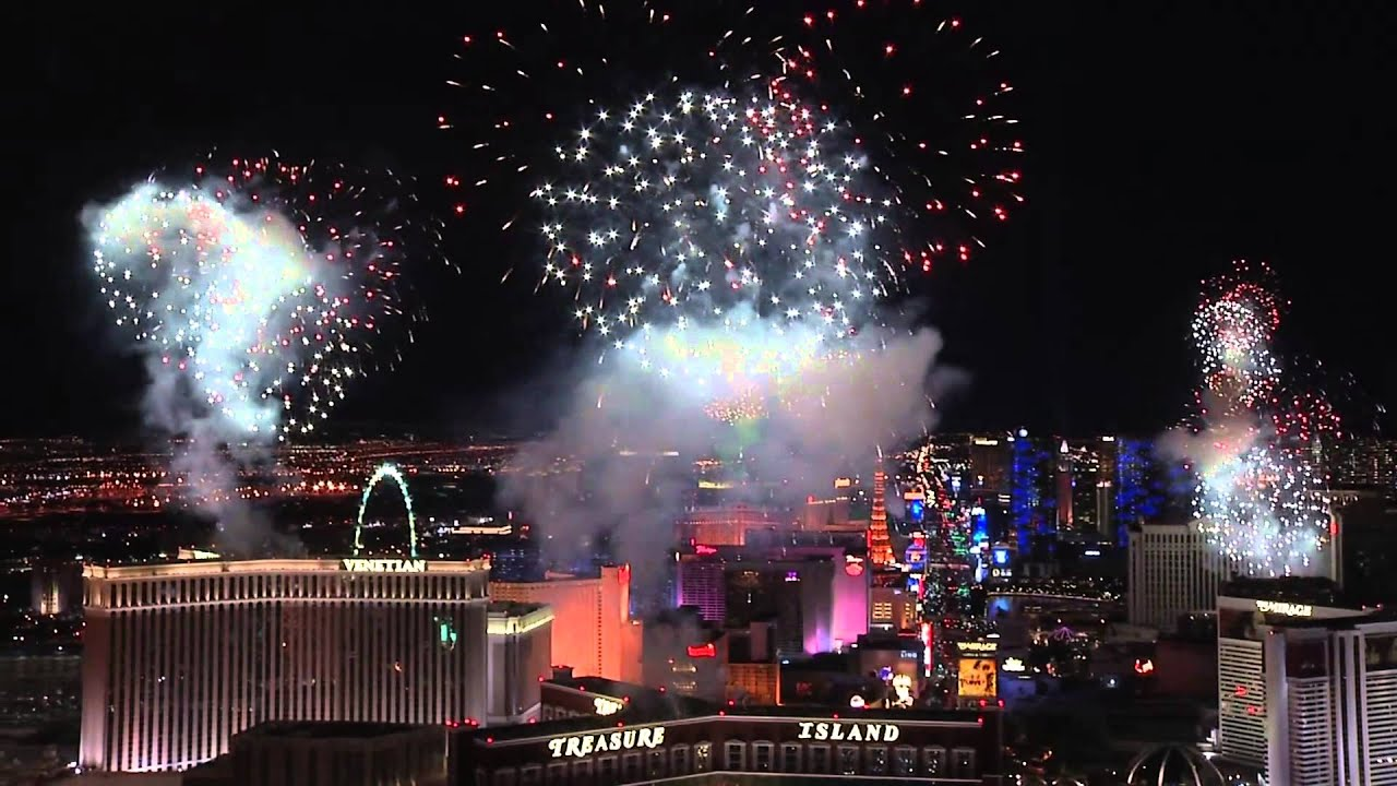 new years eve fireworks at las vegas youtube