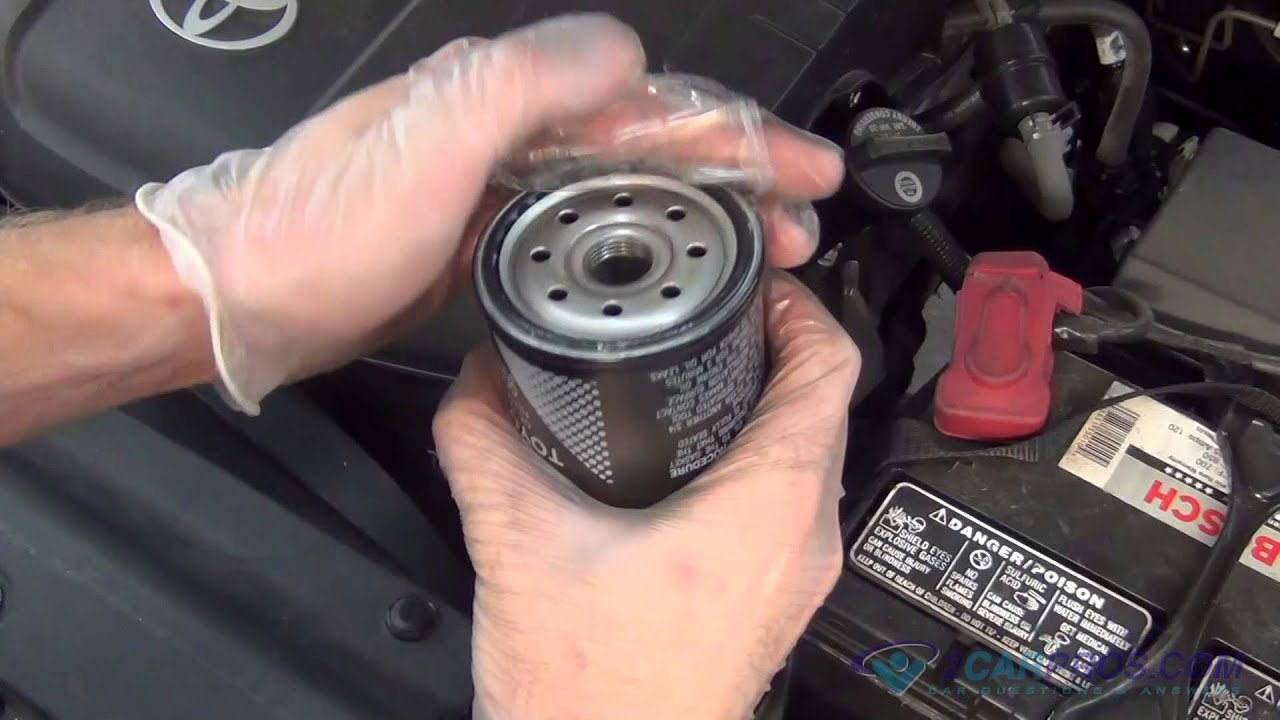 oil change filter replacement toyota tacoma v6 2005 2015 [ 1280 x 720 Pixel ]