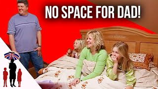 Repeat youtube video 8 Years Since Parents Slept In Same Bed Due To Kids - Supernanny US