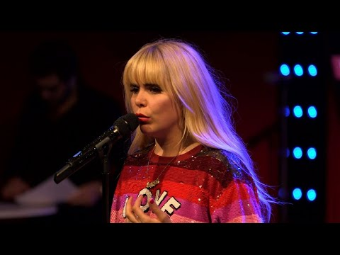 Paloma Faith - Only Love Can Hurt Like This (LIVE) Le Grand Studio RTL