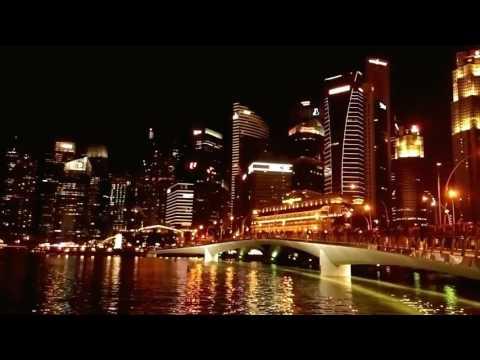 Singapore - Financial Center - Promenade