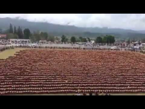 Tari saman massal 10.001 penari di gayo lues pecahkan rekor dunia
