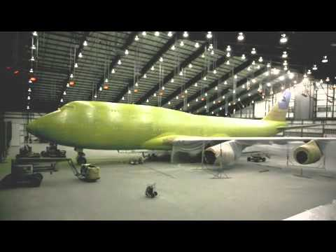 Time lapse painting a 747