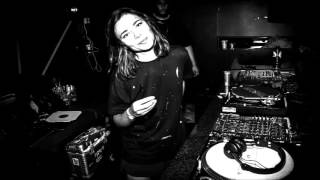 Nina Kraviz - IMPRV (Original Mix) (TRIP Records / TRP001)