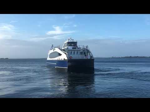 """NYC Ferry 350 Pax """"Ocean Queen Rockstar"""" at Rockaway"""