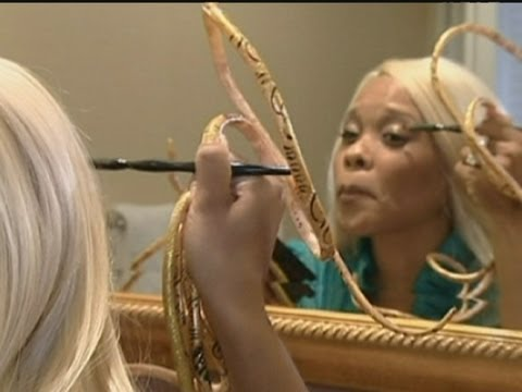 The world's longest nails Guinness World Record