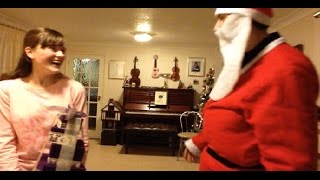 17 Dec - Santa Claus Is Coming To Town - Makaton