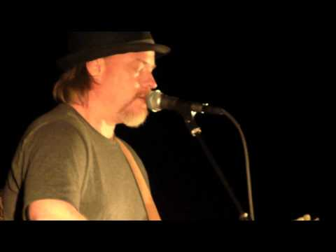 Shawn Mullins – Billy Jo Mckay (live) #CountryMusic #CountryVideos #CountryLyrics https://www.countrymusicvideosonline.com/shawn-mullins-billy-jo-mckay-live/ | country music videos and song lyrics  https://www.countrymusicvideosonline.com