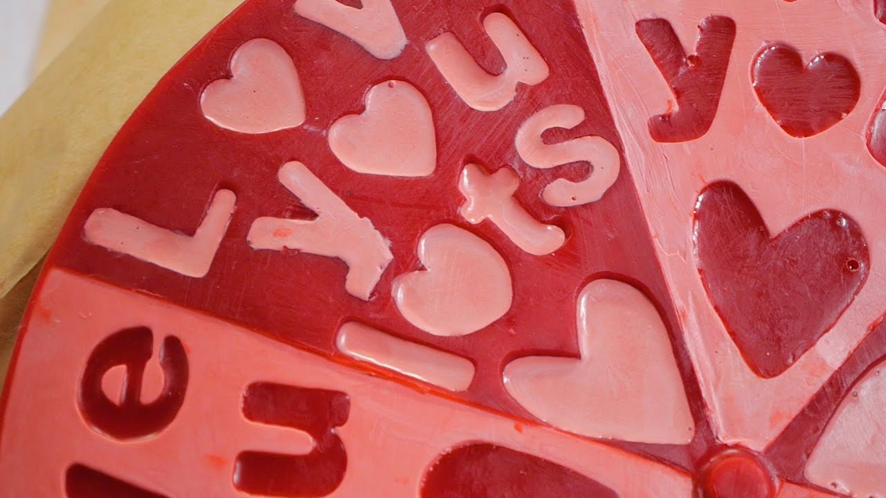 Lush How It's Made: Love You, Love You Lots Soap