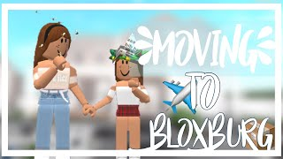 MOVING TO BLOXBURG📦 - Roblox Roleplay - SourBear 🐻