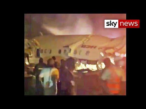La aeronave, procedente de Dubai, perdió el control al aterrizar en el aeropuerto de Kozhikode