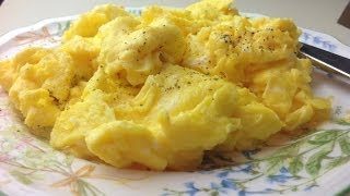 How to Cook Perfect Fluffy Scrambled Eggs thumbnail