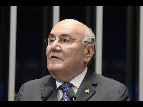 Flexa Ribeiro registra lançamento de livro sobre o político paraense Serzedello Corrêa