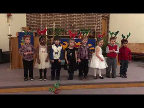 Glenwood Country Day School 2017 Winter Holiday Performance  Ms. Halls Class Song One