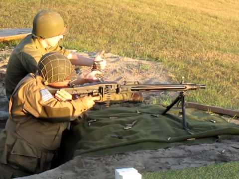 Frank & the Yugoslavian M53 (MG42)