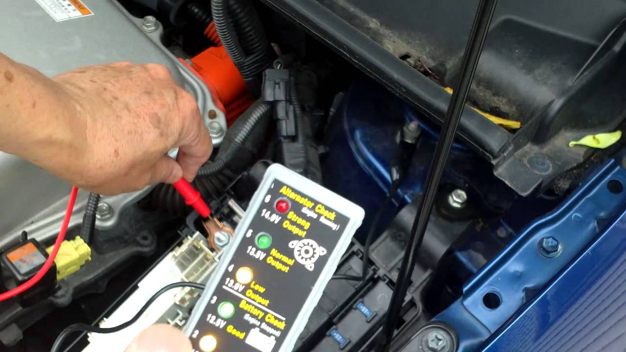 checking the prius start battery voltage with the display screen and fuse box connections [ 1280 x 720 Pixel ]