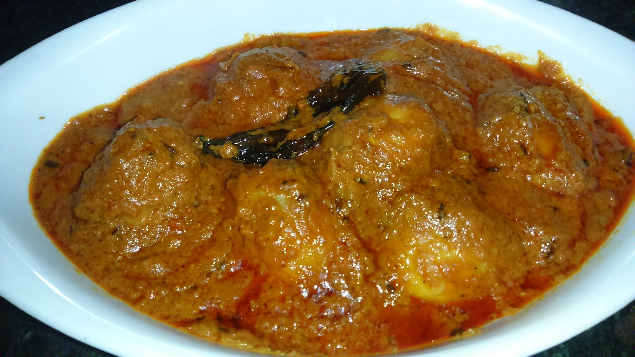 Dum aloo recipe kashmiri dum aloo recipe indian potato curry no dum aloo recipe kashmiri dum aloo recipe indian potato curry no onion no garlic shahi dum aloo youtube forumfinder Images