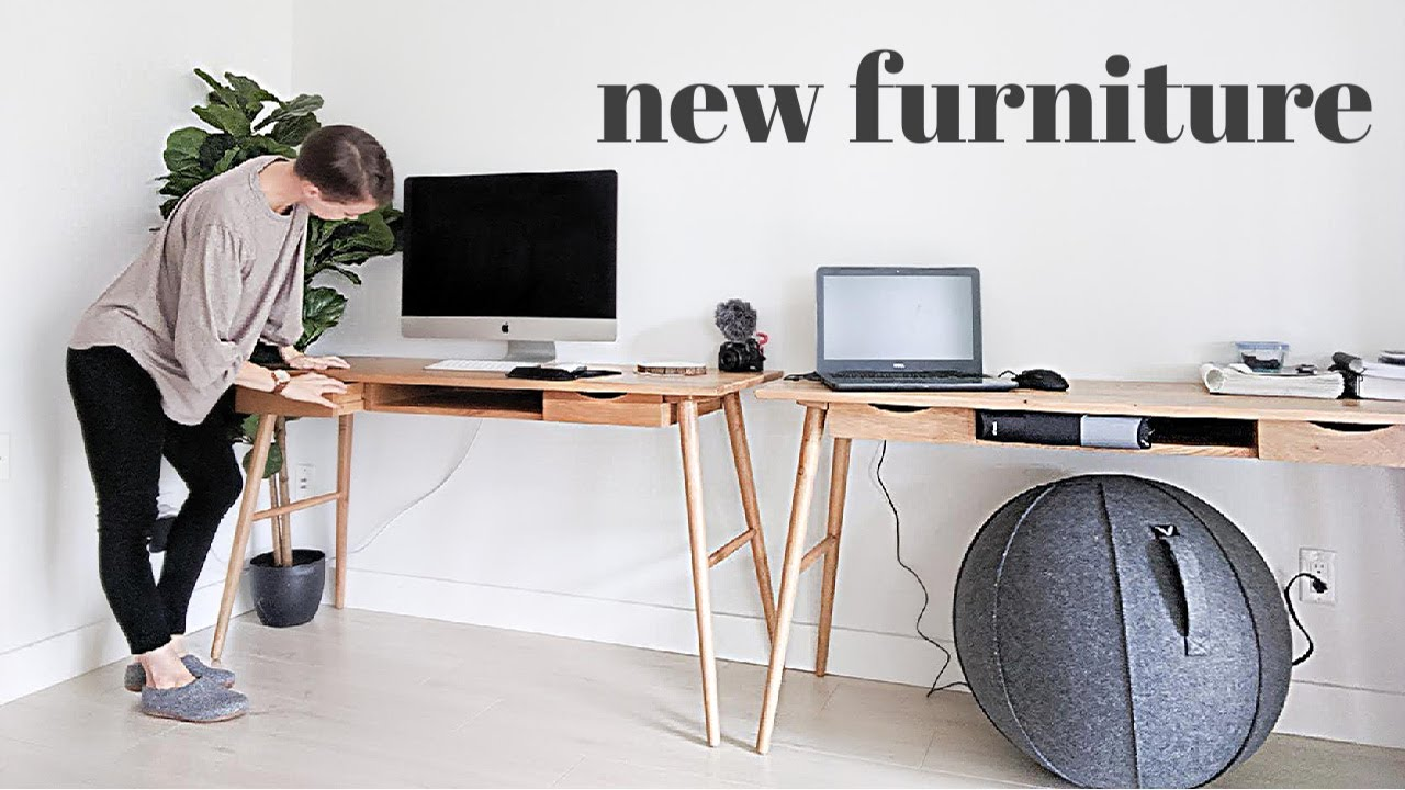 Day In The Life Of A Mom Vlog New Furniture Is Here For My Studio Youtube