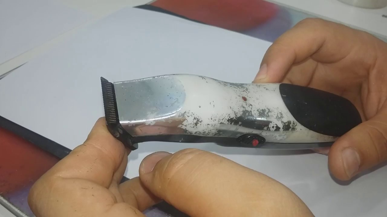 5ba2800f6 Como afiar maquina de cortar cabelo com lixa-maquina de acabamento - YouTube